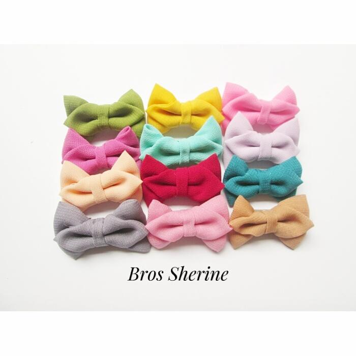 bros-hijab-juntai-kain-rantai-kristal-kreswanti-permata-brooch-brosdagu-sherine-1
