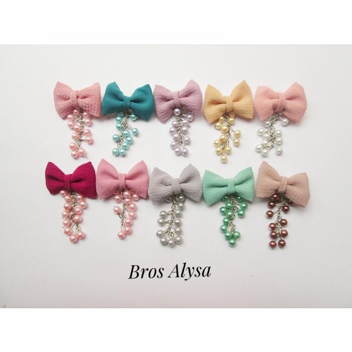 bros-hijab-juntai-kain-rantai-kristal-kreswanti-permata-diamond-brooch-brosdagu-alysa