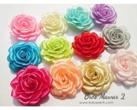06d-bros-mawar-pita-mutiara-cantik-simple-elegan-hijab