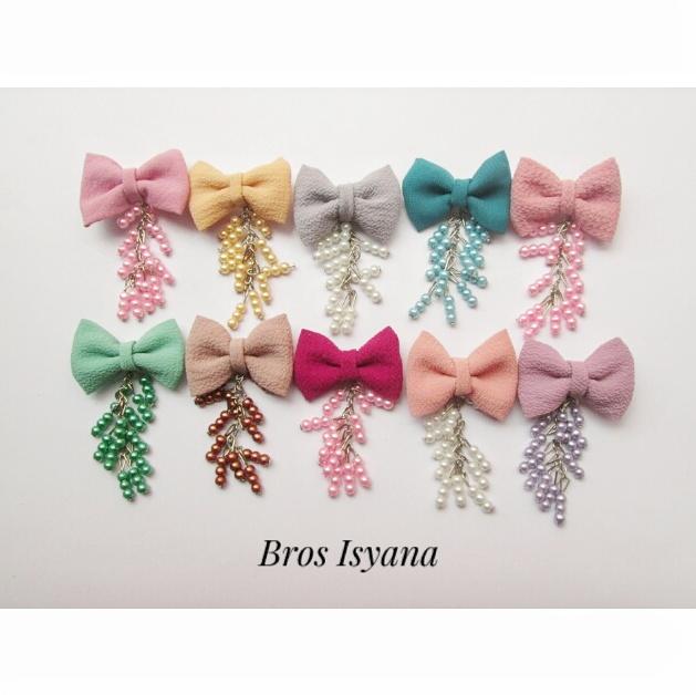 bros-hijab-juntai-kain-rantai-kristal-kreswanti-permata-brooch-brosdagu-isyana