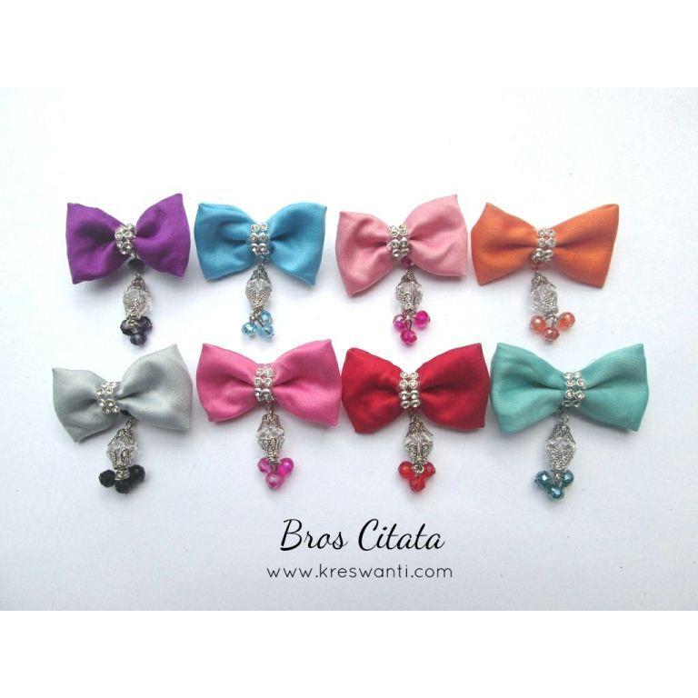 11-bros-citata-mutiara-ceko-cantik-simple-elegan-kain-kupukupu-dagu-hijab (2)