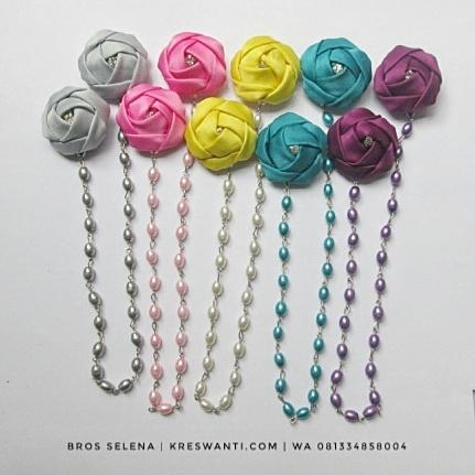 broskalung-hijab-juntai-kain-rantai-kristal-kreswanti-permata-diamond-brooch-selena-2