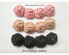 broskalung-hijab-juntai-kain-rantai-kristal-kreswanti-permata-diamond-brooch-andara1