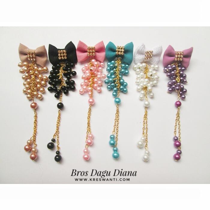 bros-hijab-juntai-kain-rantai-kristal-kreswanti-diamond-brooch-brosdagu-diana-1