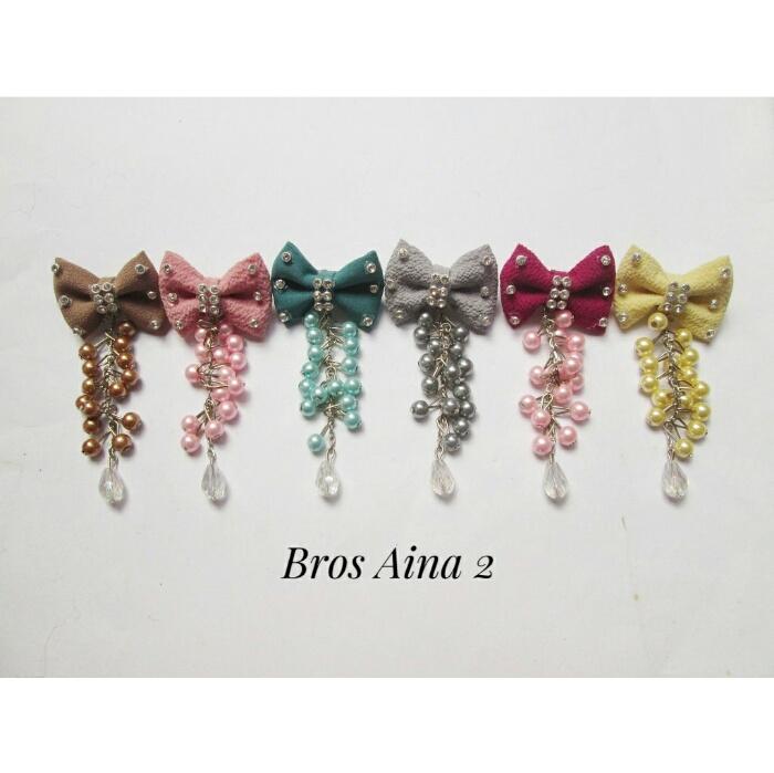 bros-hijab-juntai-rantai-kristal-kreswanti-permata-brooch-brosdagu-aina-mutiara