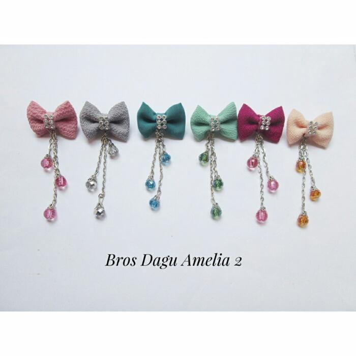 bros-hijab-juntai-rantai-kristal-kreswanti-permata-brooch-brosdagu-amelia-mutiara-2