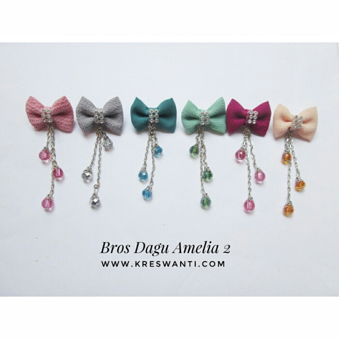 bros-hijab-juntai-rantai-kristal-kreswanti-permata-brooch-brosdagu-amelia-mutiara