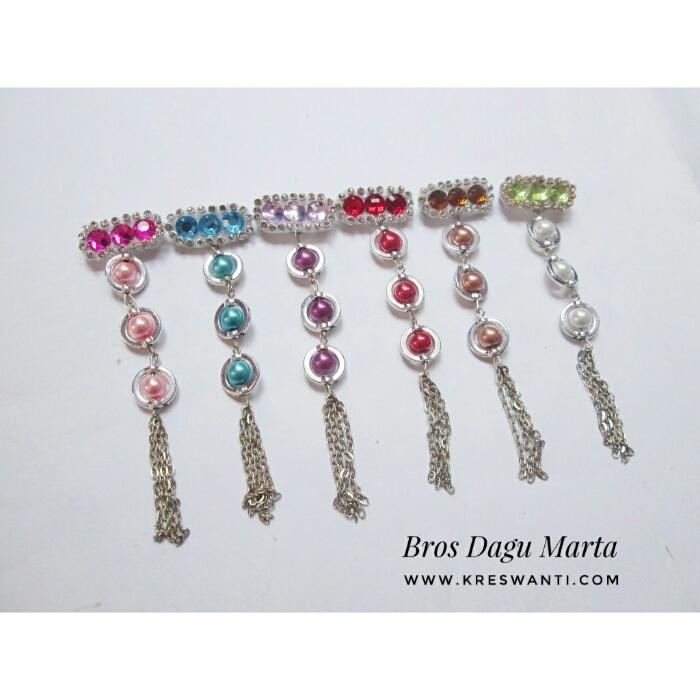 bros-hijab-juntai-rantai-kristal-kreswanti-permata-brooch-brosdagu-marta-mutiara