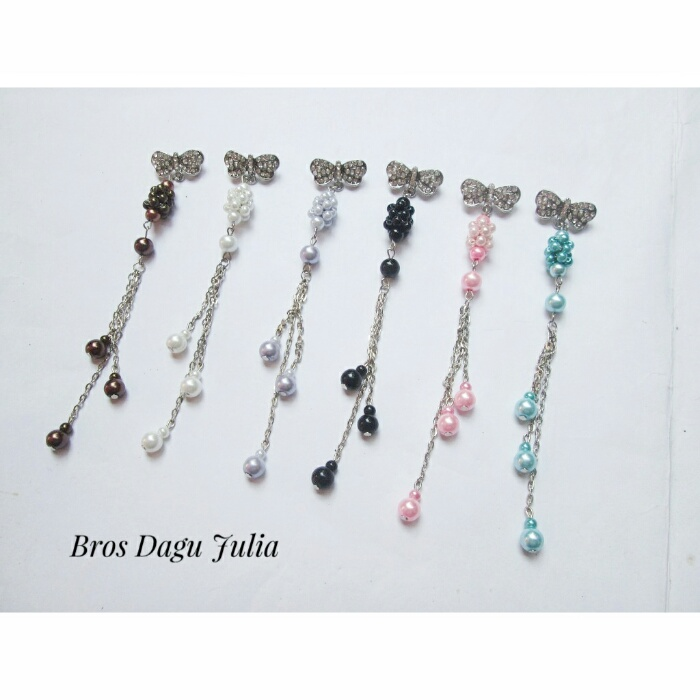 bros-hijab-juntai-rantai-kristal-kreswanti-permata-brooch-brosdagu-julia-mutiara-1