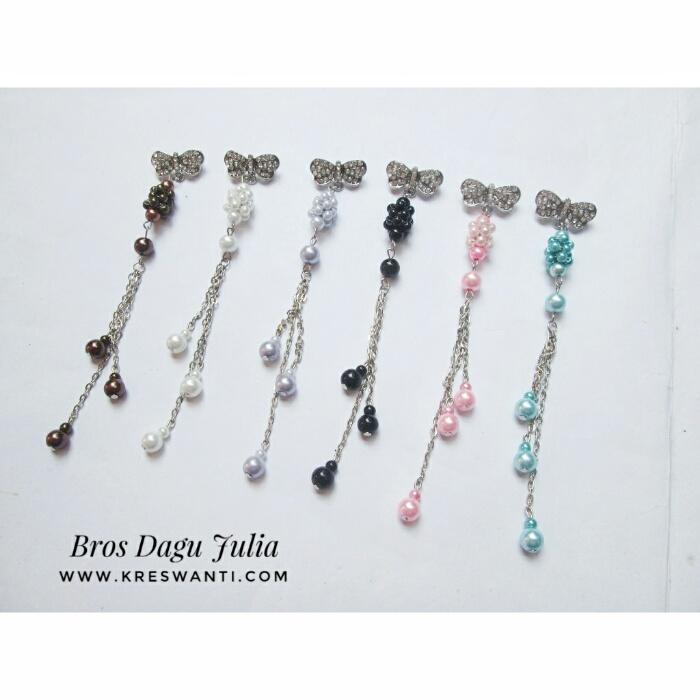 bros-hijab-juntai-rantai-kristal-kreswanti-permata-brooch-brosdagu-julia-mutiara