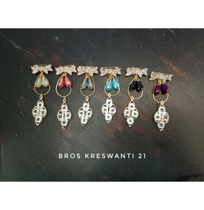 bros-hijab-juntai-permata-bunga-kreswanti-diamond-brooch-dagu-mutiara-grosir-hits-murah-kubus