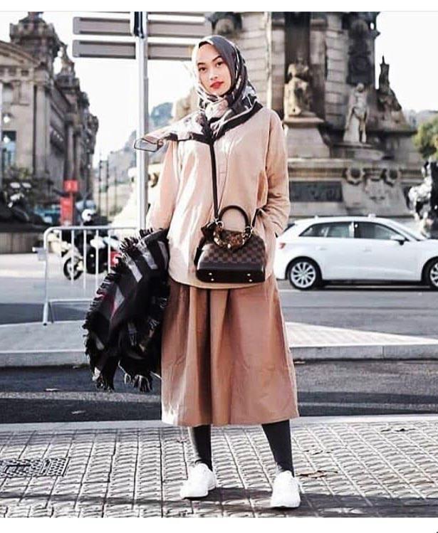 legging dengan pakaian vintage