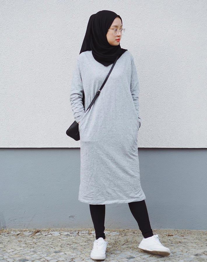 legging dengan basic dress untuk kuliah